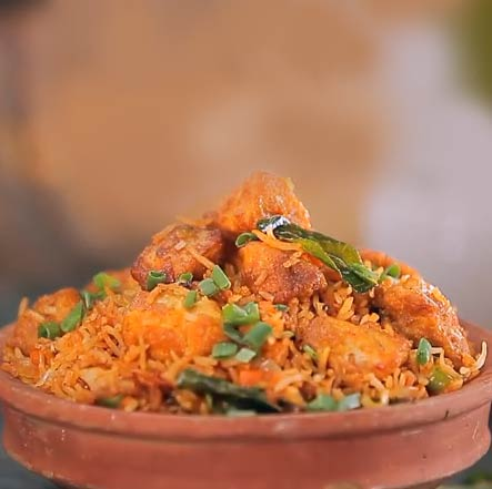Schezwan Chicken biryani by harpal